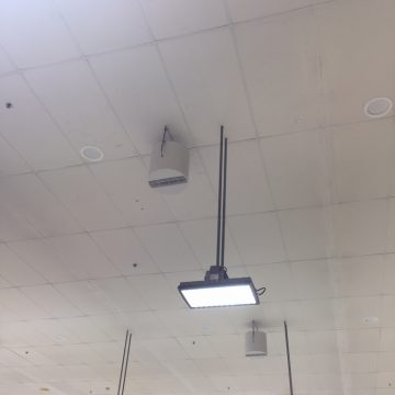 Airius Destratification Retail Aisle Series Fan Installation 2