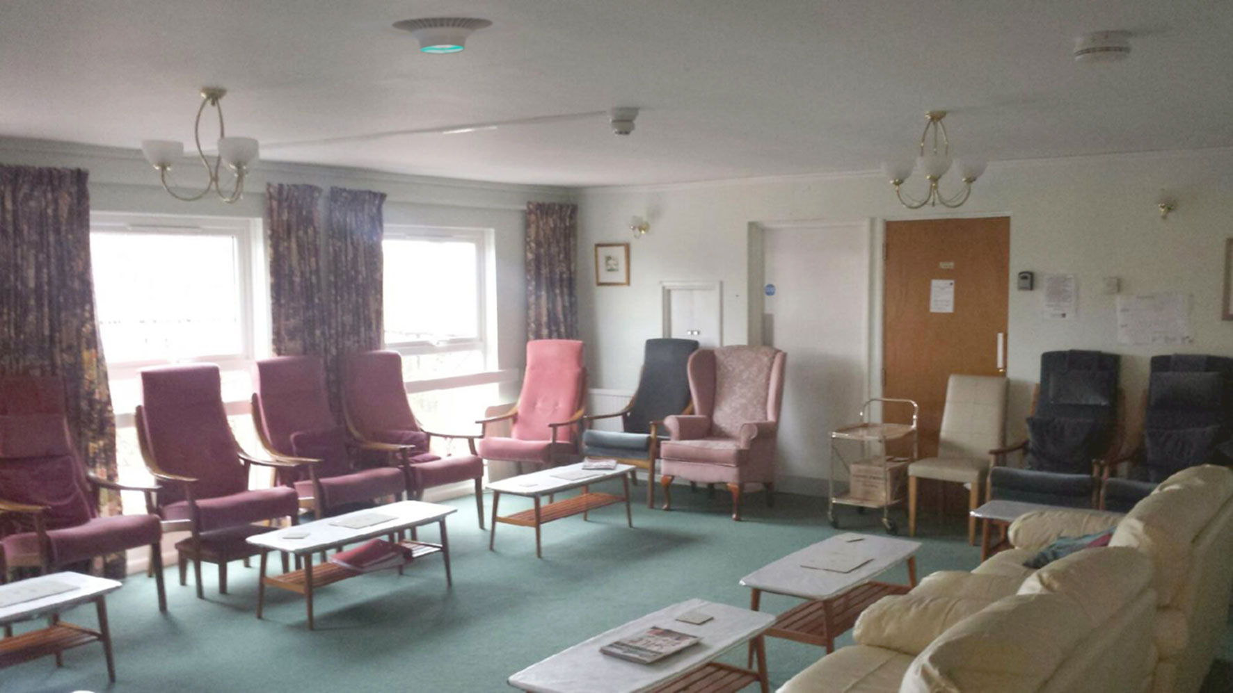 Care-Home-Communal-Area-With-PureAir