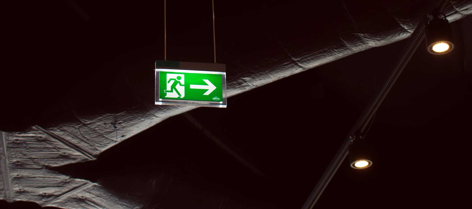 The-Importance-Of-Emergency-Lighting